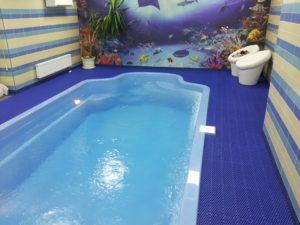 Коврики для бассейнов в частном доме.