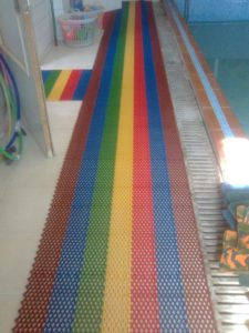 Микс из цветов Сату-Аква в детском садике.